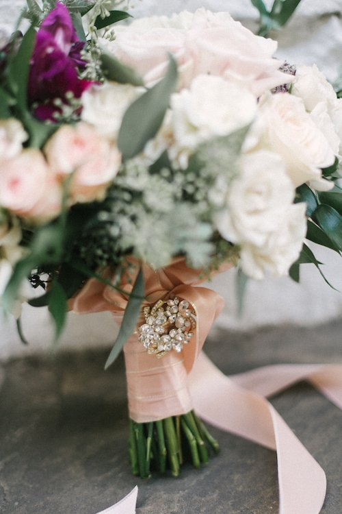 Anna Smith Photography - Bridal Bouquet - Brooch Detail Soft pink and white