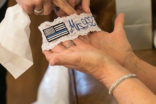Melissa Glynn Photography - Monogrammed garter - Wedding Details