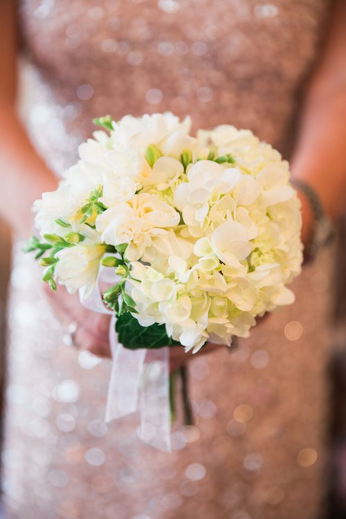 All white bouquet - Small bouquet - Wedding Floral - Amy Karp Photography