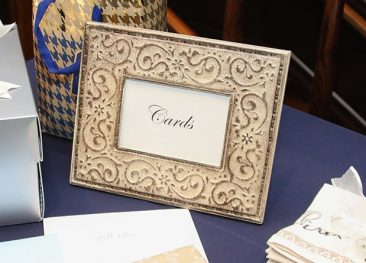"""Ivory Rustic """"Card"""" Frame 4""""x6"""" (Tier One)"""