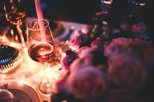 The Mix and Mingle Affair This come and go afternoon or evening event is typically like a happy hour for friends and family to wander through on their own time. - Event Planner - Each & Every Detail