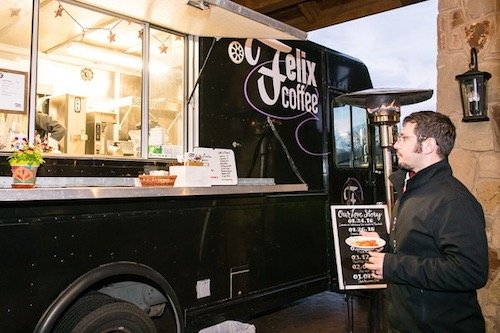 This Felix coffee truck was the perfect touch to keep guests warm in the cold, but they could also add an extra kick at the bar! Spiked hot cocoa anyone?