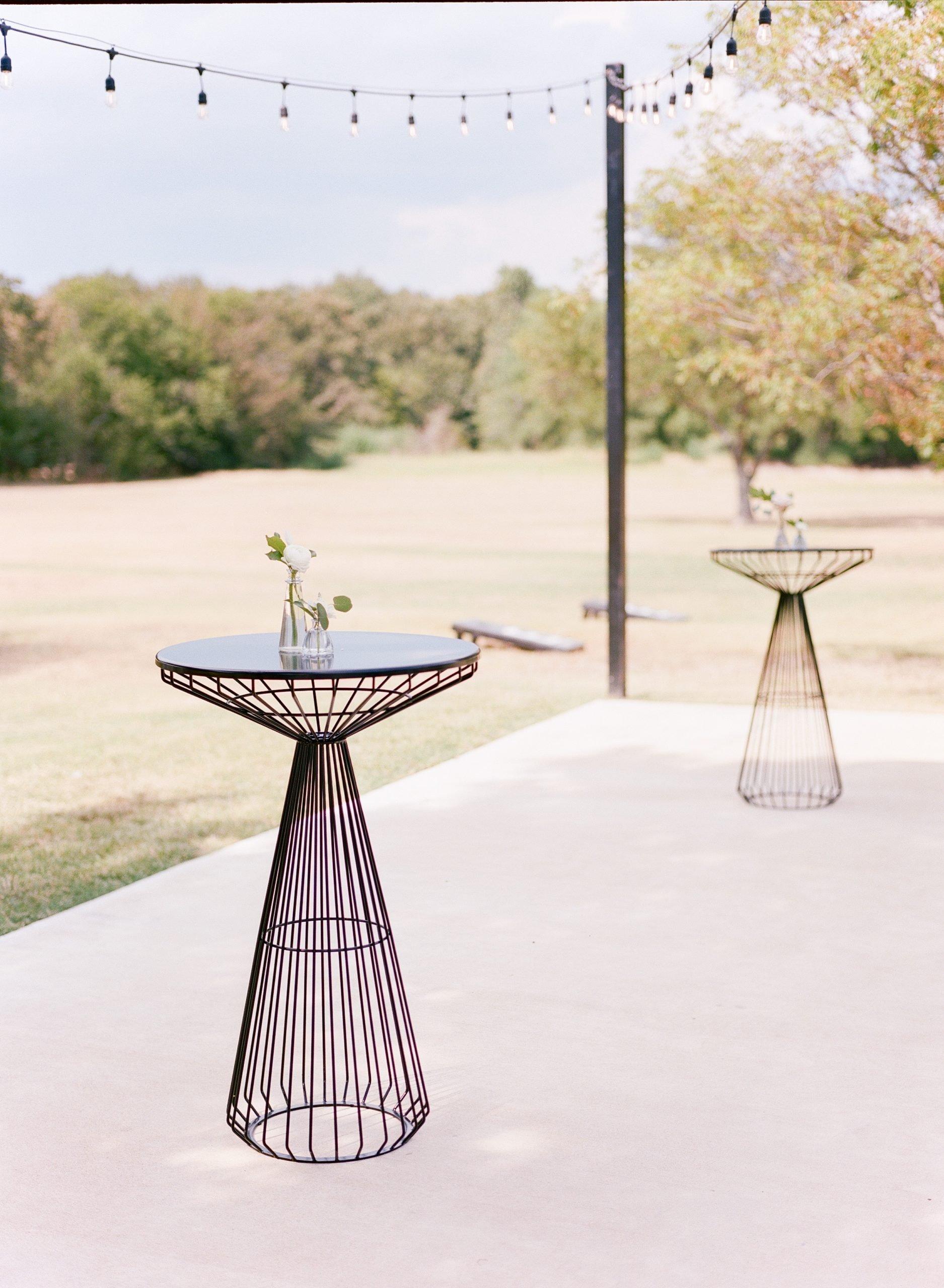 Ben Q Photography - Bride & Groom - Dallas Wedding - The Emerson - Formal Wedding Photo - Modern Wedding - Outdoor Cocktail Hour - Dallas, Texas