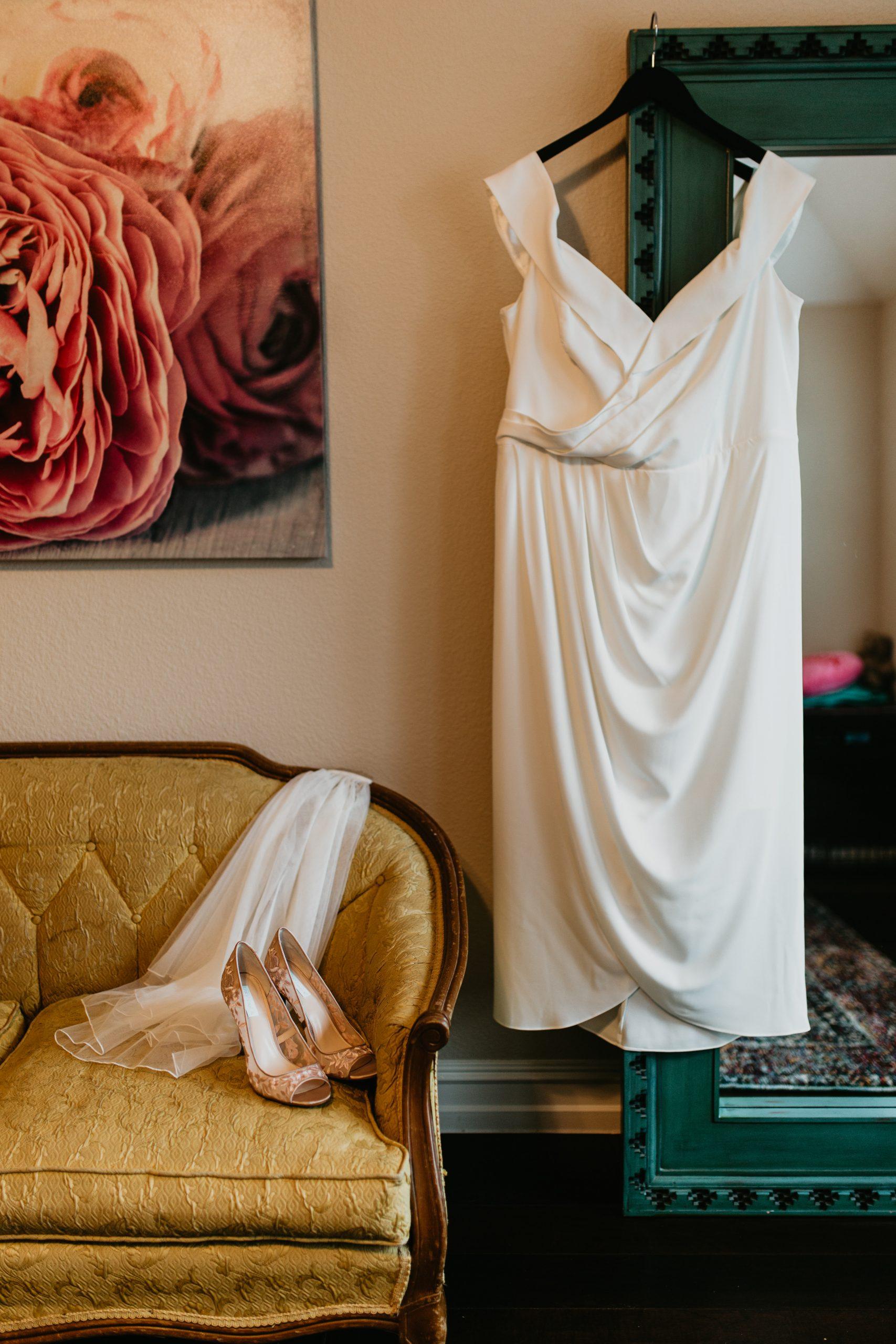Meme Urbane Photography - Bride Details - McKinney Texas -Micro Wedding Details - Intimate Wedding - Simple Wedding Dress
