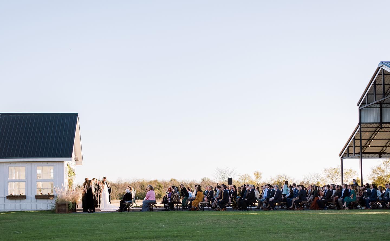Davis & Grey Farms - Dallas, Texas - White barn Wedding Venue - DFW Rustic Event Venue