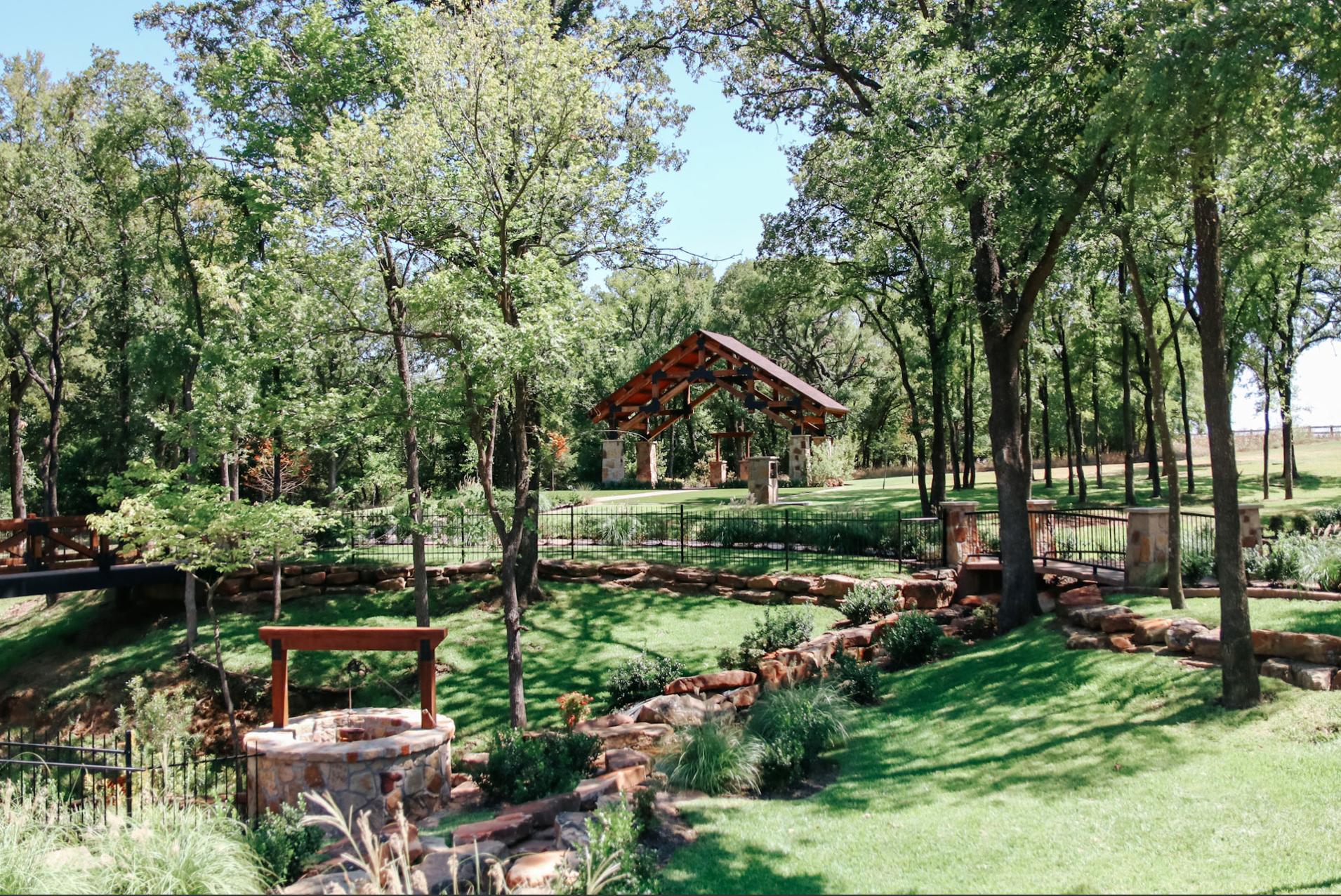 The Springs Event Venue - Alvarado, Texas - DFW Rustic Wedding Venue - Lodge Style Venue